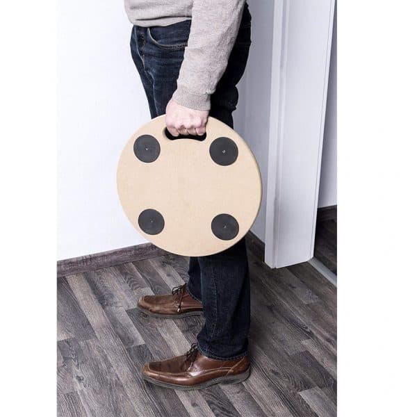 Мобилна поставка, кръгла Meister е лека и удобна за пренасяне за пренасяне.