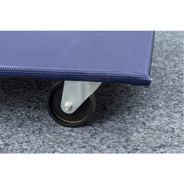 Мобилна поставка, правоъгълна синя с 4 бр. полипропиленови колела за движение по подови настилки.