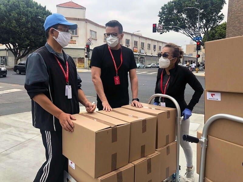 Куриери с количка