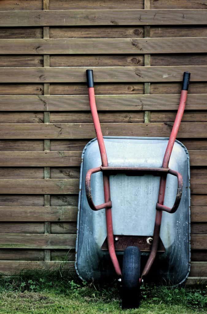 Ръчна количка облегната