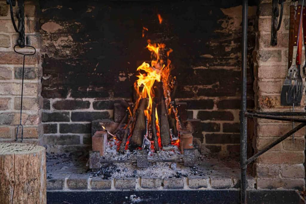 Току що запалено барбекю
